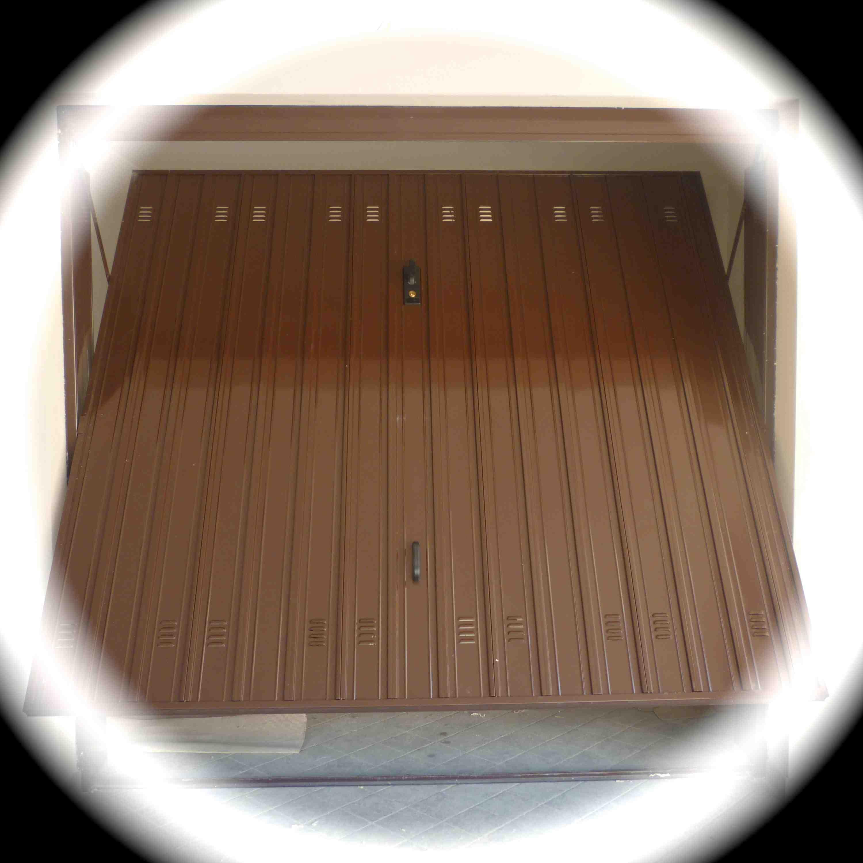 Porte Basculanti zincate